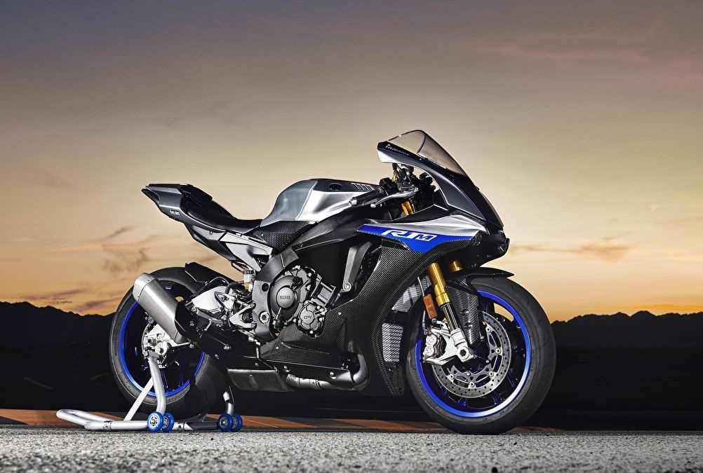 Красивый мотоцикл фото